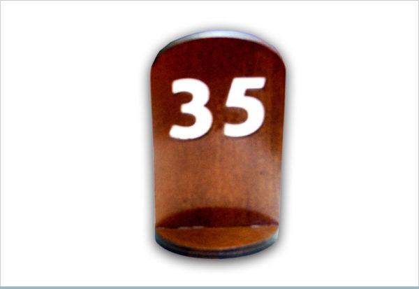 מעמד שולחני 35